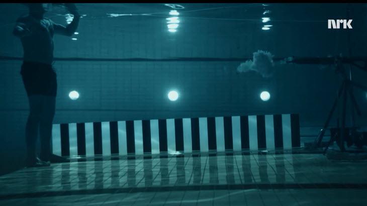 6-03-07 gun fired underwater 03