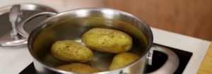 How To Peel a Potato in Less Than 5 Seconds Without a Potato Peeler